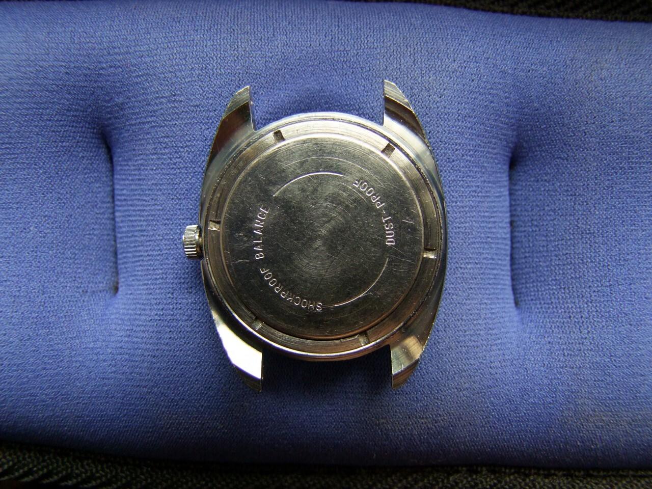 aprire cassa orologio da polso